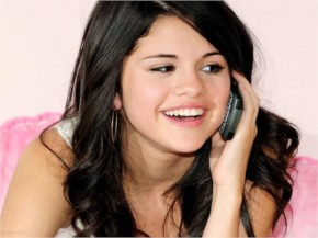 Selena Gomezz Cute Smile
