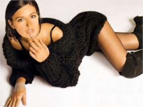 Sexy Monica Bellucci in woolen costume