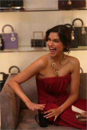 Sonam kapoor laugh out loud, looking awesome