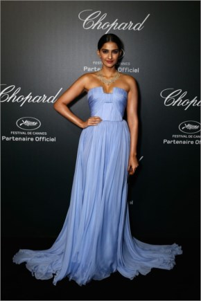 Sonam Kapoor | Lavender Strapless formal Prom Dress at Chopard Backstage Dinner and Afterpart