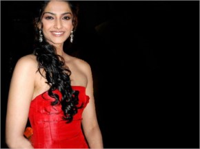 Sonam Kapoor look Hot in Red Dress