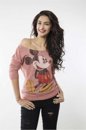 Sonam kapoor photo shoot for  khoobsurat  movie
