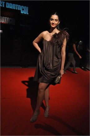 Sonam Kapoor posing for photographers at film Mission Impossible Ghost Protocol premiere at IMAX BIG CINEMAS in Mumbai