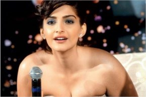 Top 10 Sonam Kapoor sexy spicy hot pics in white dress