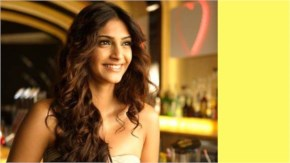 Sonam Kapoor Stylish Look with a beautiful Cute smile