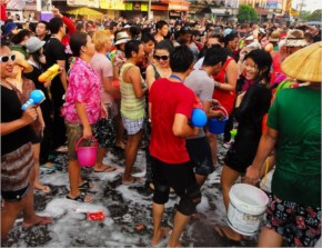 Wild Wet Fun with Thailand People for Songkran Festival (30+ Photos)