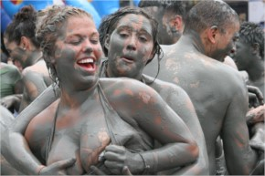 Top 30  funny awkward and hot photos of Boryeong Mud Festival  South Korea