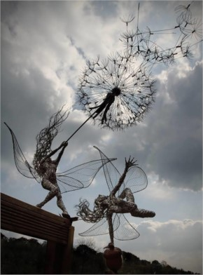 Spectacular Fairy Sculptures Made Of Wire By Robin Wight