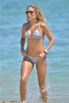 Sylvie Van Der Vaart Shows Off Her Bikini Body In Saint-Tropez