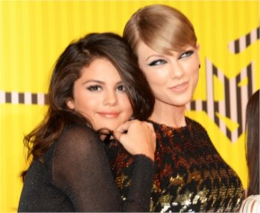 Some Quality time pics with Taylor and Selena