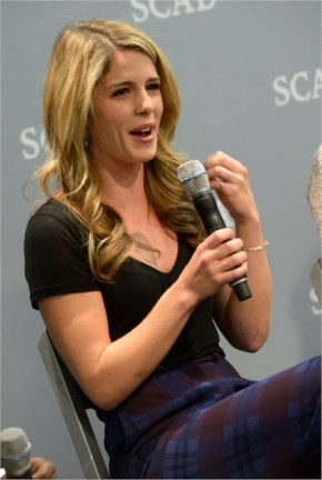 The Emily Bett Rickards Felicity Smoak Thread.