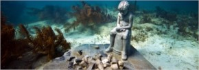 Underwater statues in Mexico