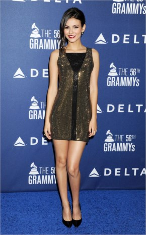 Judge in which dress Victoria Justice look Gorgeous