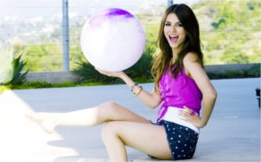 Victoria Justice Gorgeous wallpaper