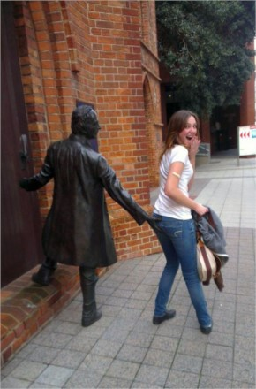 You naughty statue