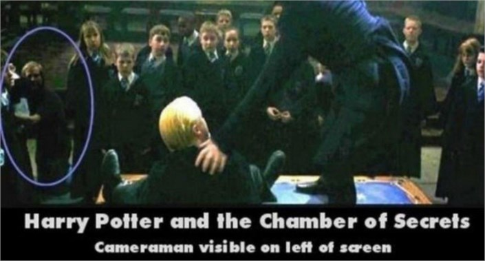 Harry Potter Cameraman : Harry potter and the chamber of secrets caneraman visible on left of