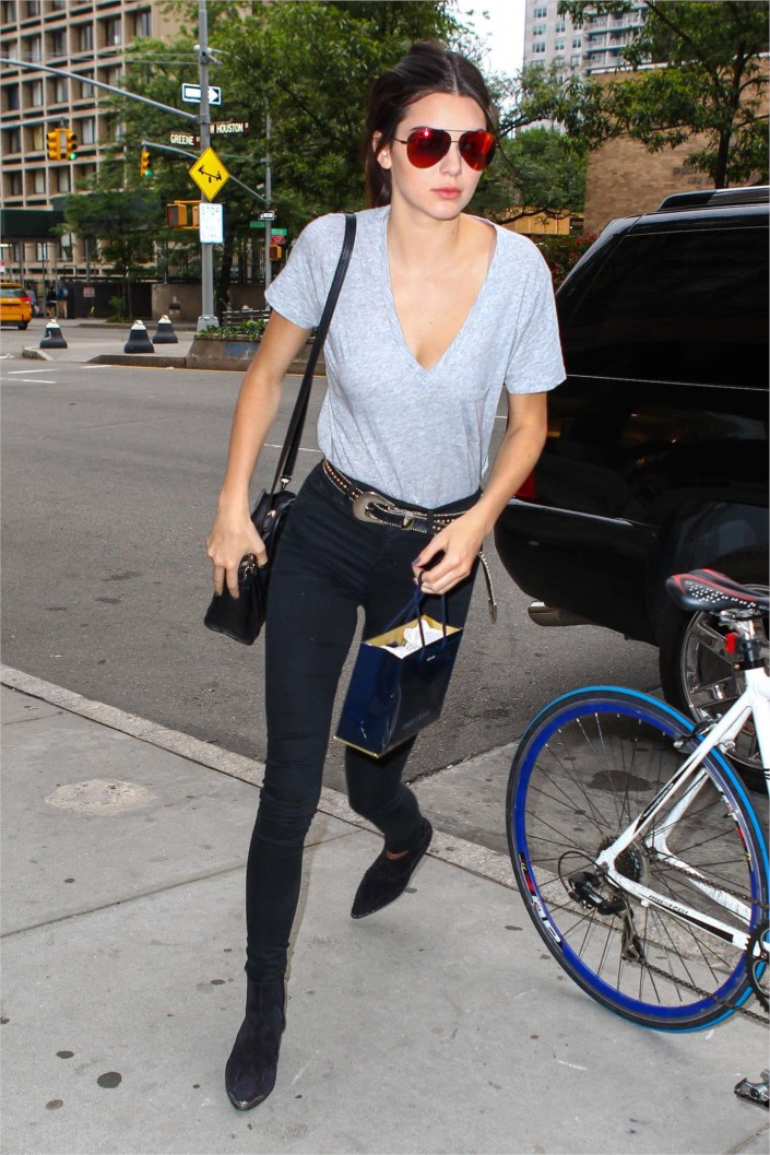 Kendall Jenner Looking Hot In Jeans And T Shirt At Nyc
