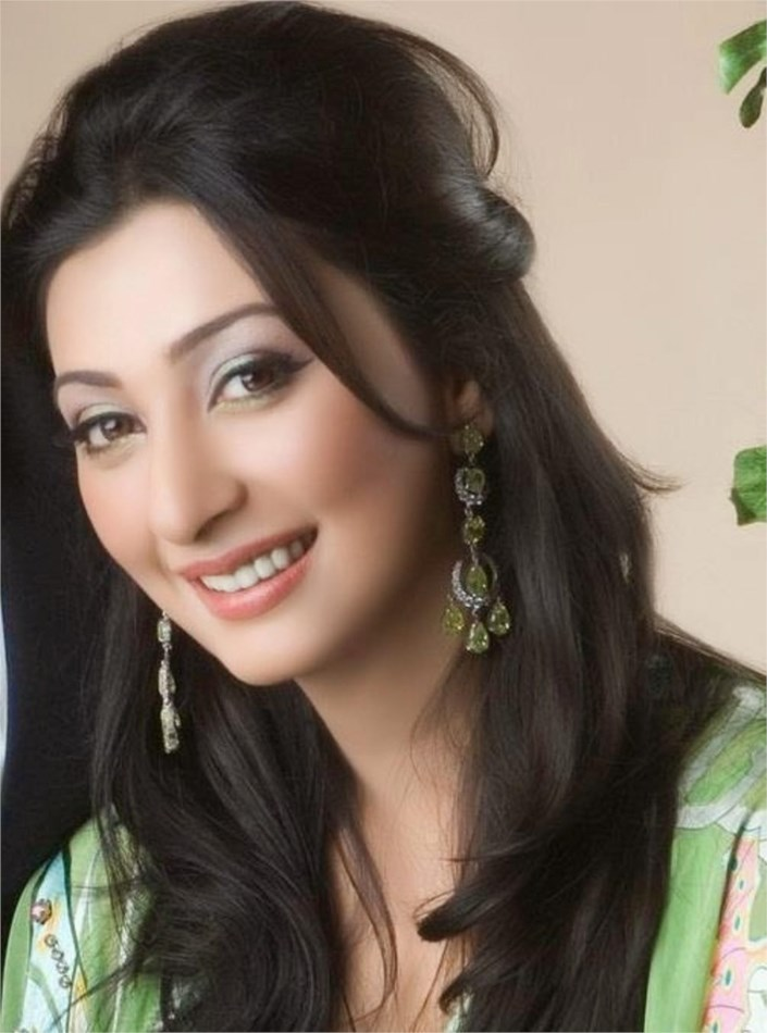 Top 10 Most Beautiful Punjabi Models: Top 10 Most Beautiful Pakistani Actresses In 2014
