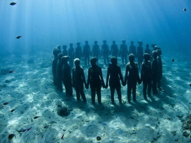 Top 5 Amazing Cancun Underwater Sculpture Museum By  Jason Declaires Taylor - 1 Silent Evolution