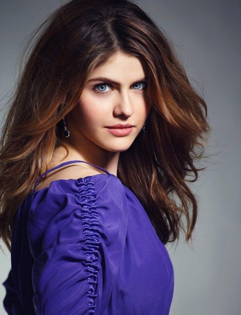 Alexandra Daddario The Beautiful Blue Eyes Zoom