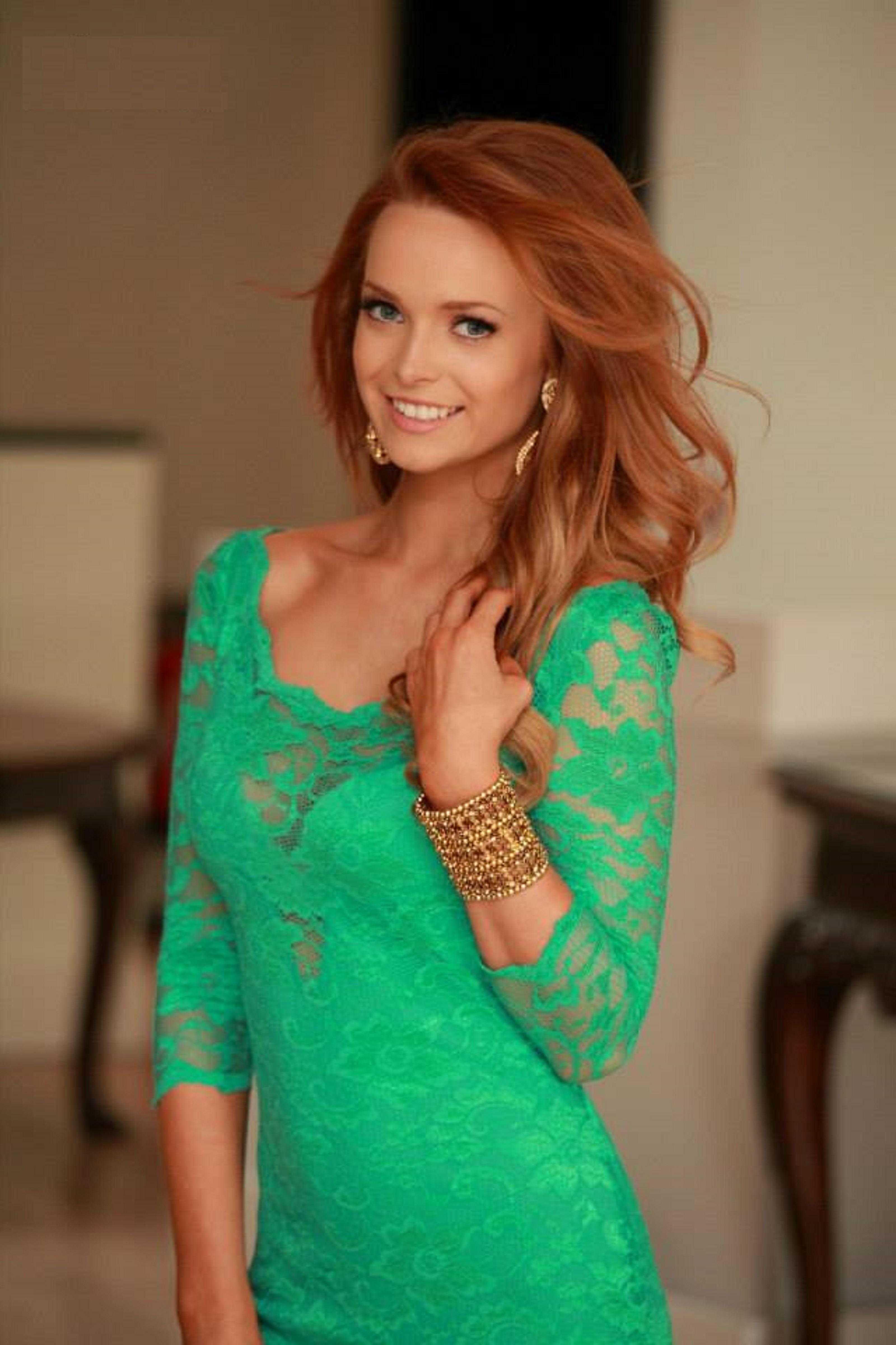 Aoife Walsh Miss World Ireland New Pictures