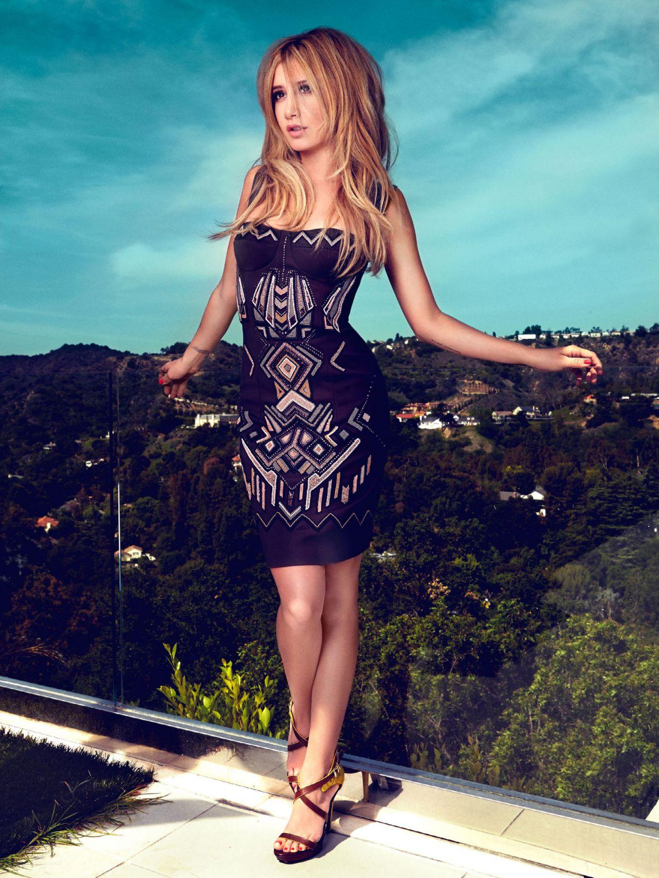 Ashley Tisdale – Pho...