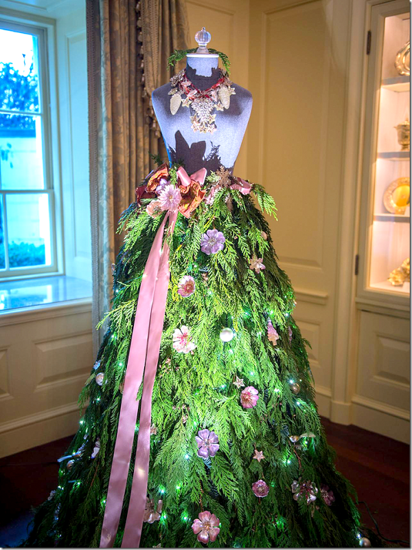 20 beautiful christmas tree dresses for this year