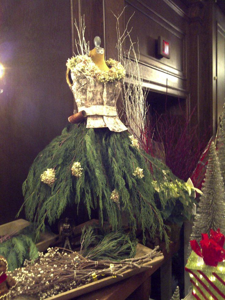 Beautiful Christmas Tree Dresses 9