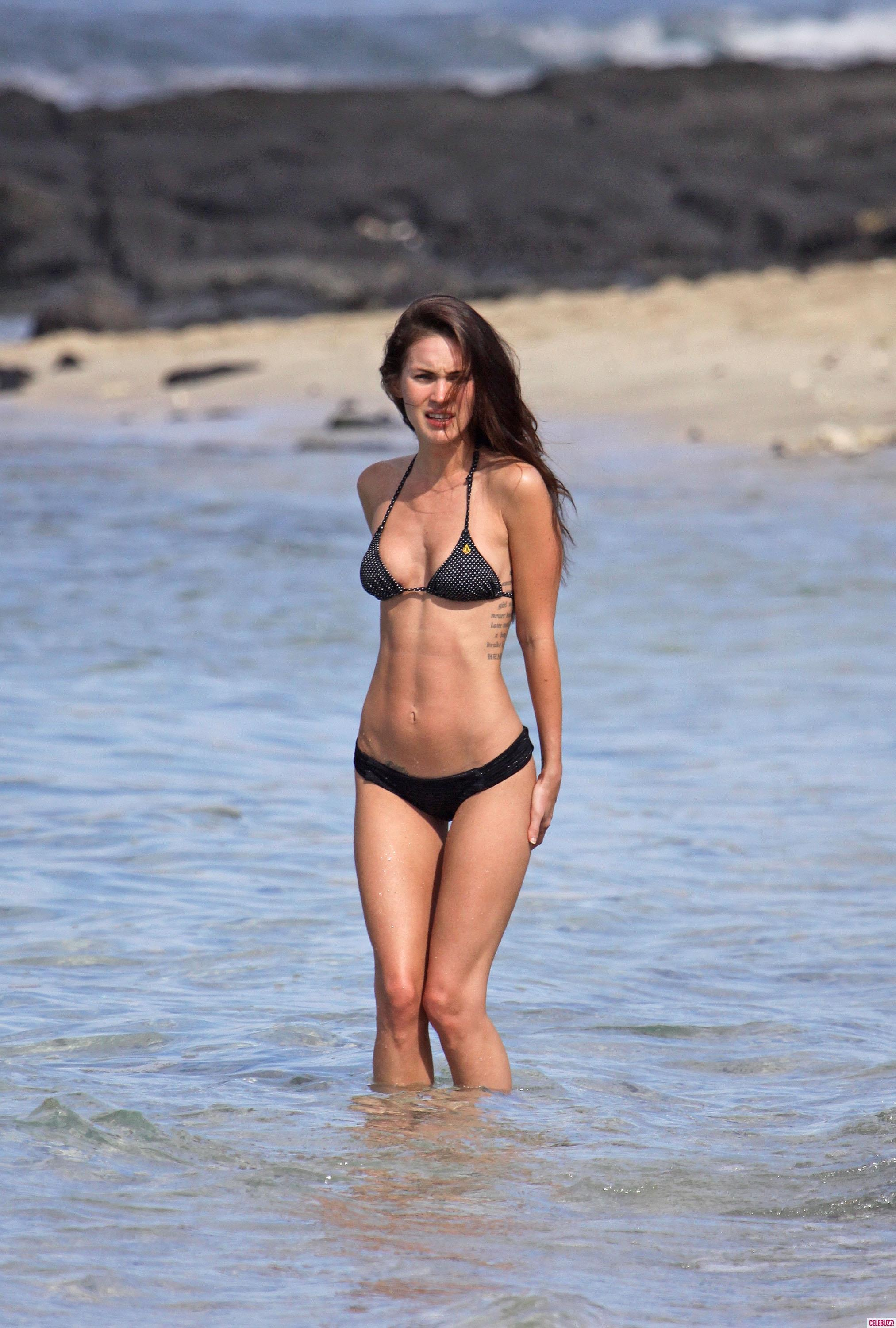Best Megan Fox Hot and Sexy Look in Bikini Body Pictures
