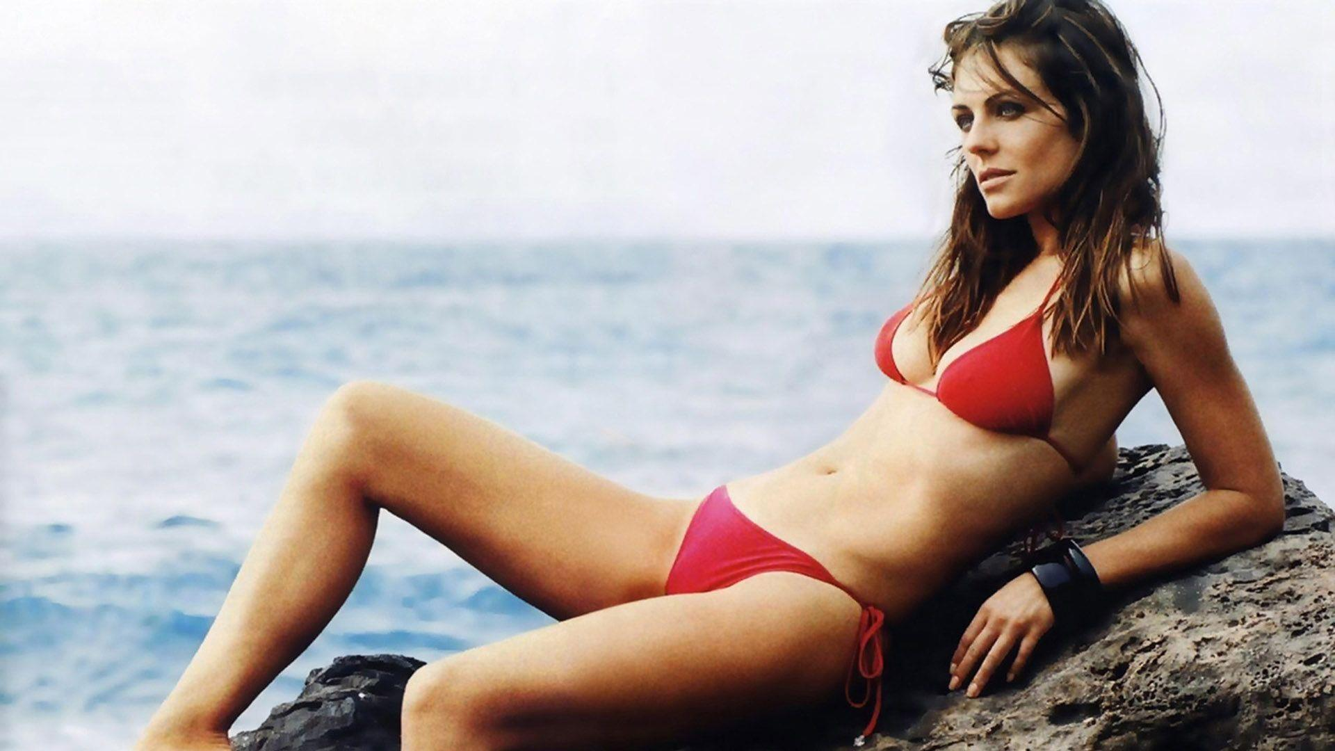 e2914eab4a8dad Elizabeth Hurley Beach Cake Ideas and Designs. Zoom. Zoom