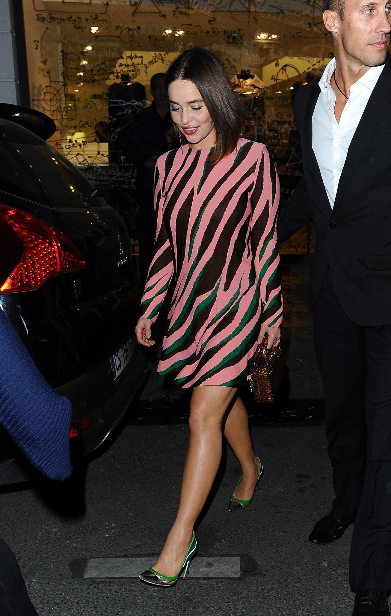 16 Hot EMILIA CLARKE Pics Cute n Leggy Colette Store Paris