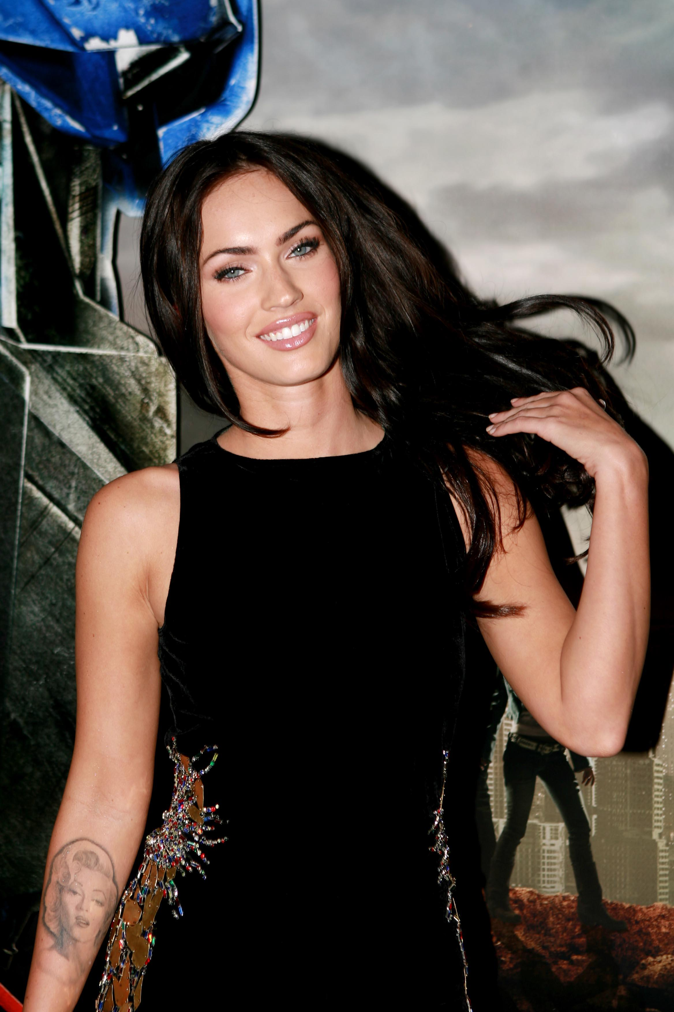 Top 10 Hot Collection Of Megan Fox In Black