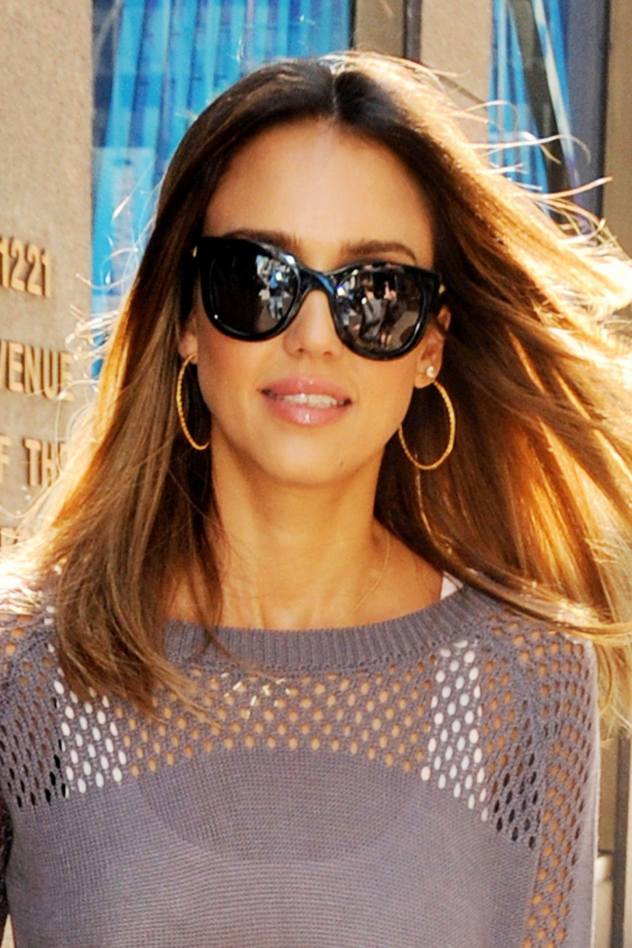 jessica alba at siriusxm studio in new york city 2014