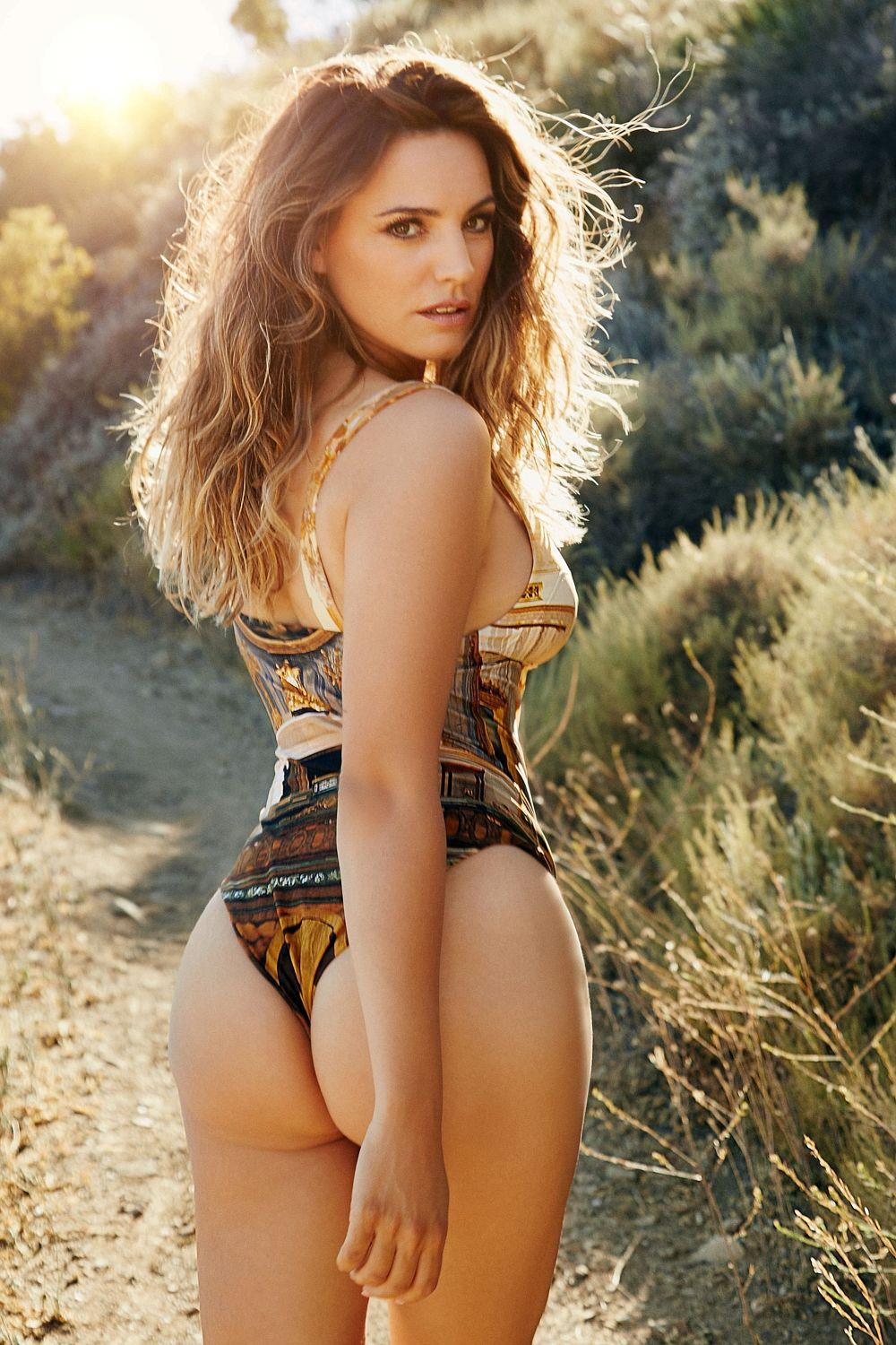 Young Kelly Brook nude (34 photo), Ass, Hot, Twitter, butt 2015