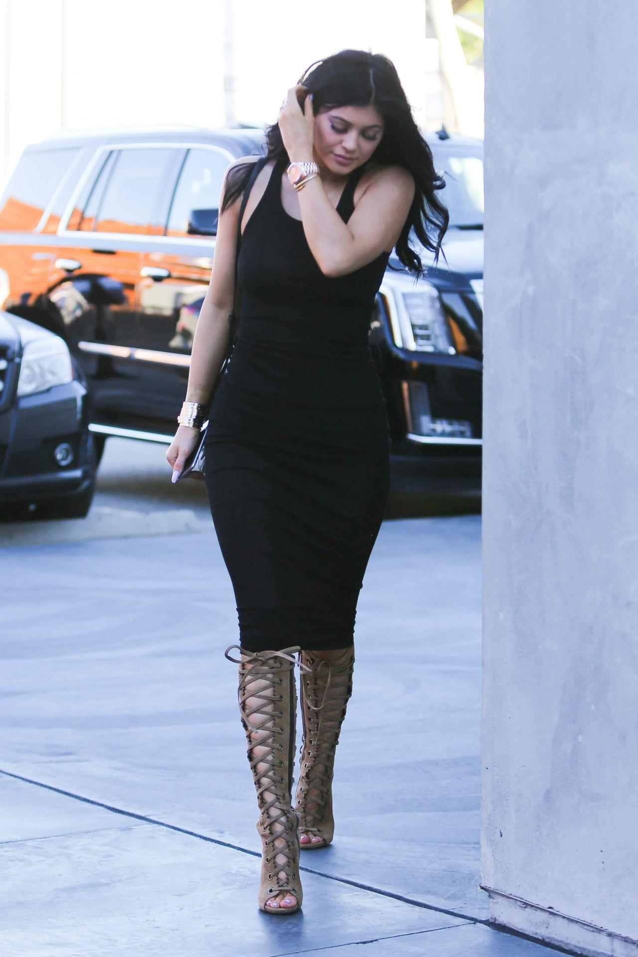 Kylie Jenner Style u2013 Out in West Hollywood February 2015