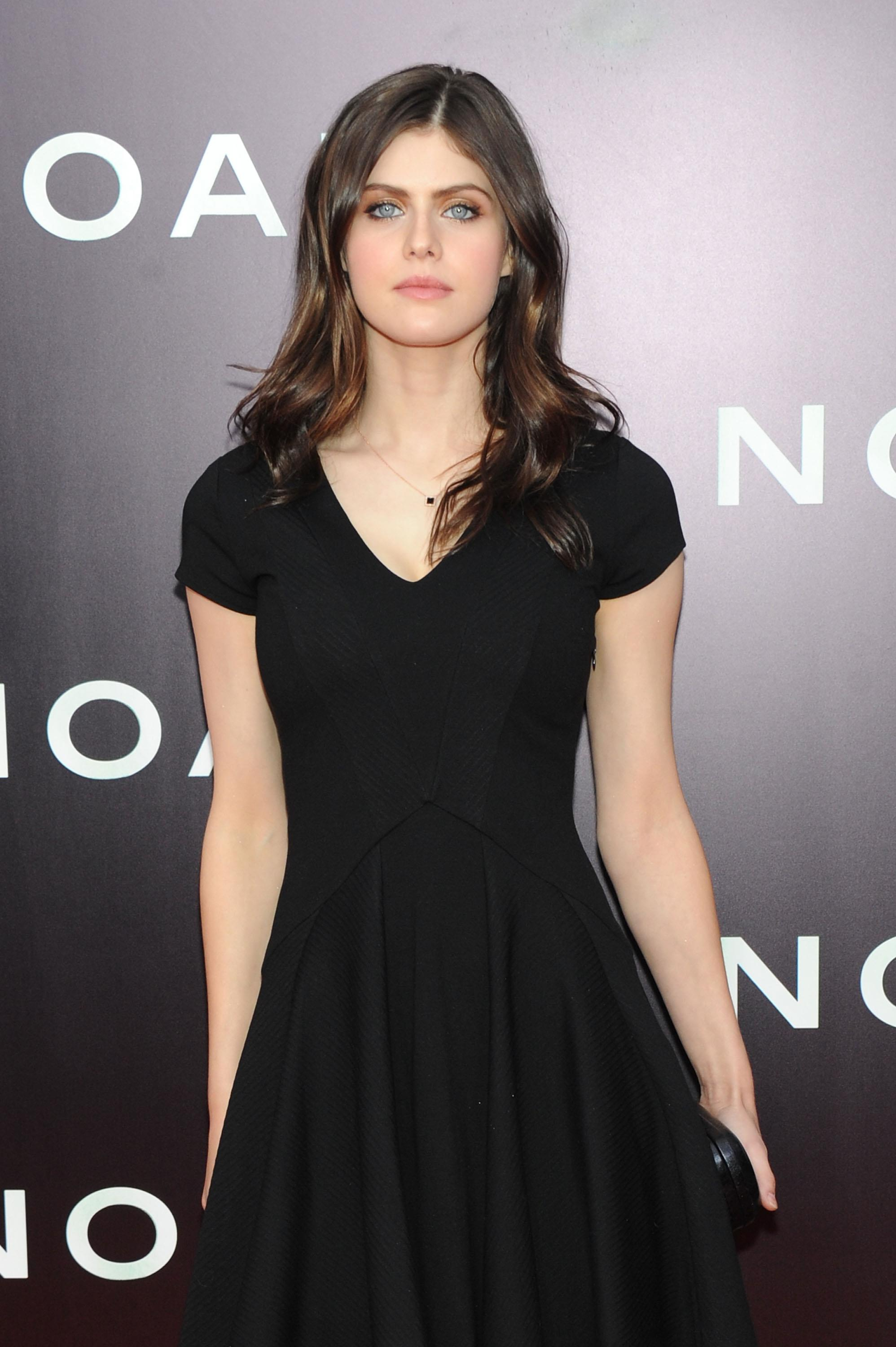 Alexandra daddario true detective - 3 part 5